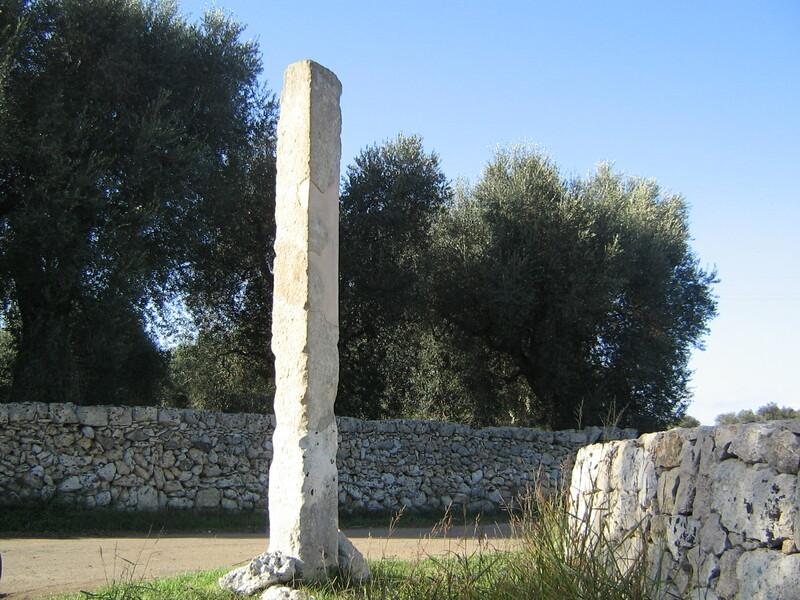 Dal neolitico il Menhir Polisano A Giuggianello