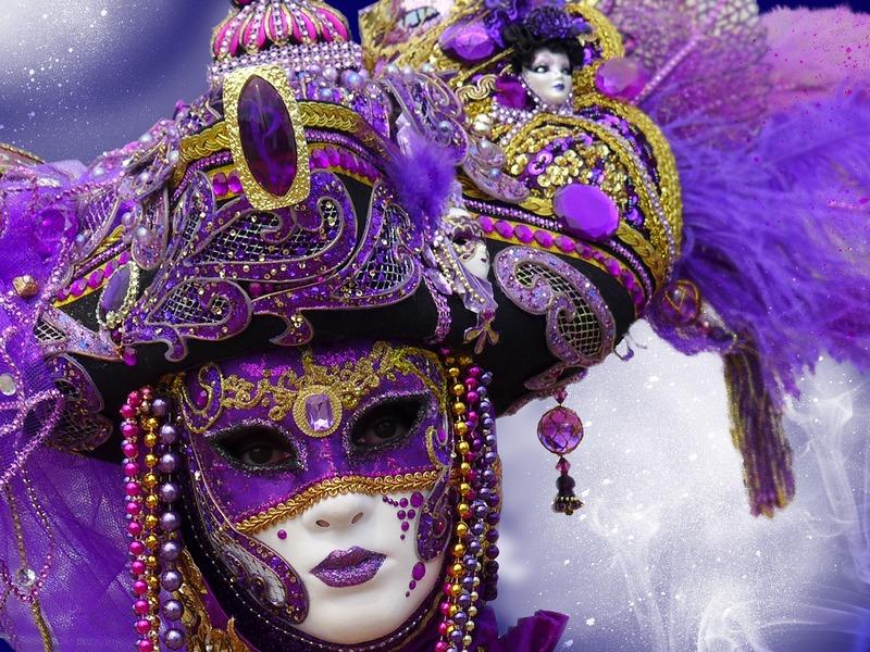 Il Carnevale Gallipoli Venezia Maschere in primo piano