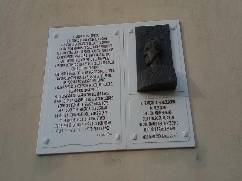 Insegna A Don Tonino Bello sul Convento di Alessano