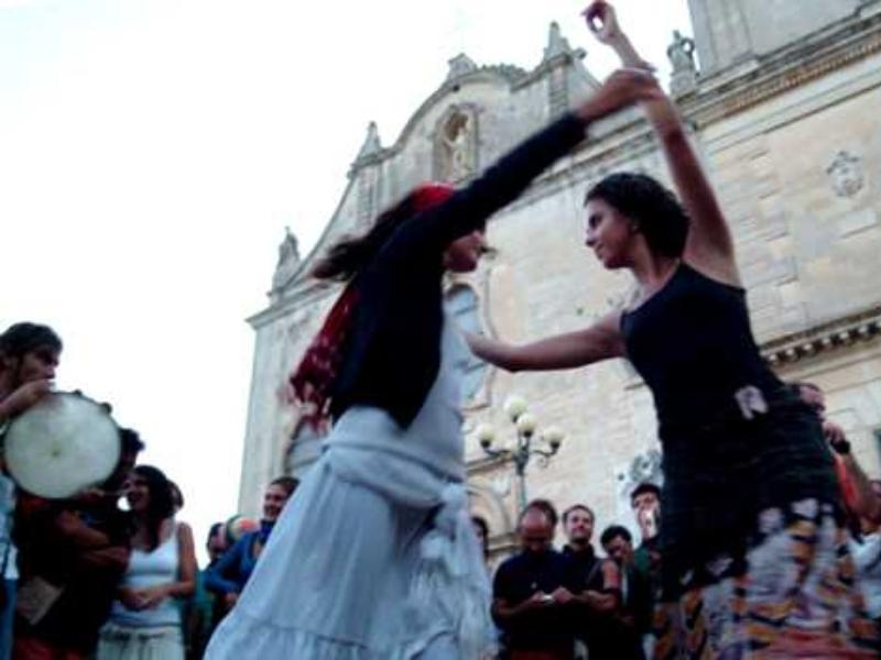 Un ballo di pizzica nel cuore di Lecce