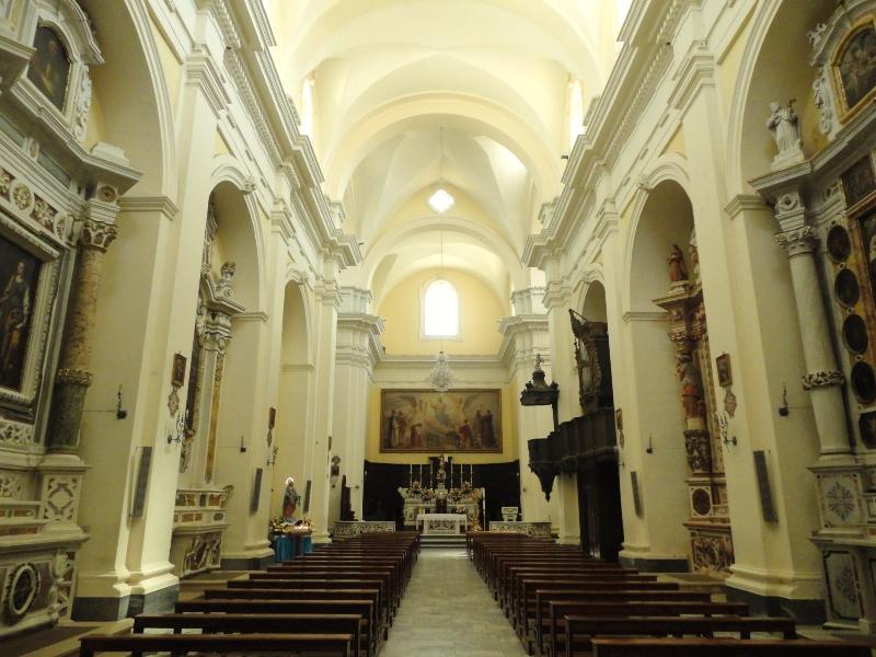 Interni della Cattedrale di Ugento