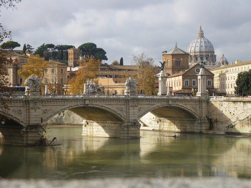 Roma, scorcio di Castel Sant'Angelo
