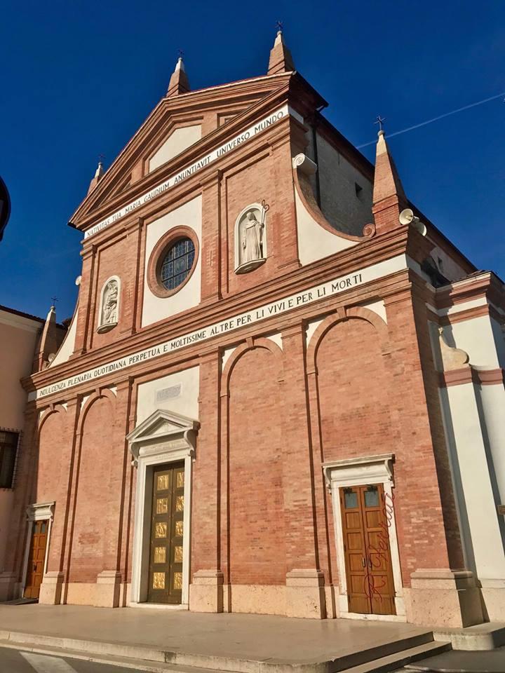 Santuario Madonna Del Pilastrello Ph Da Gruppo Facebook Rovigo E I Rodigini Di Rossella Ferrati