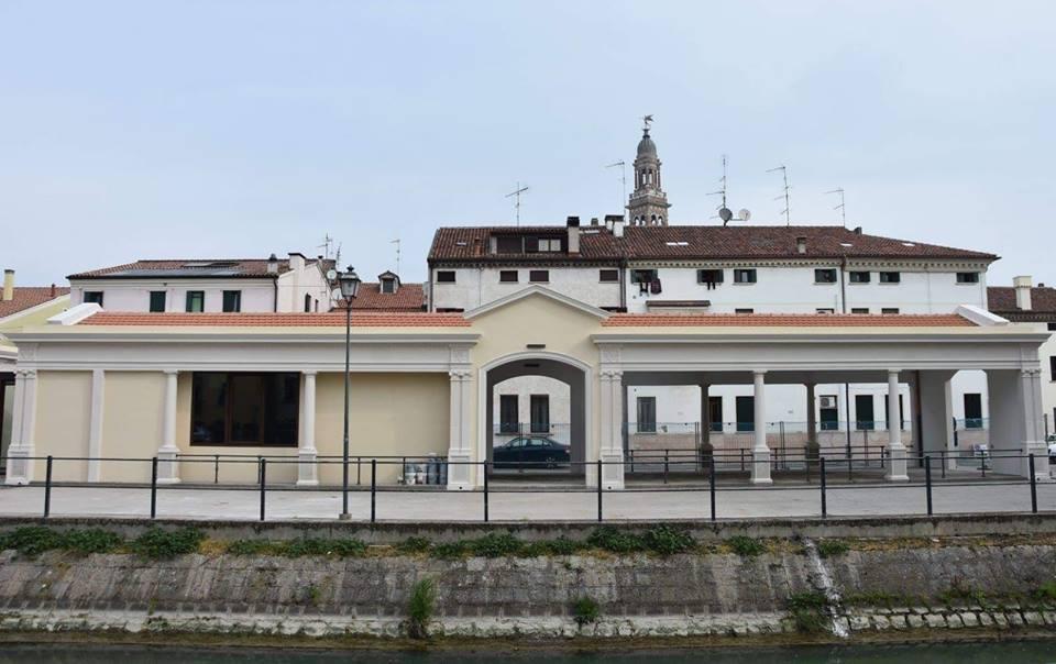 fiera San Marco, Ex Pescheria Ph Facebook Gal Adige.jpg