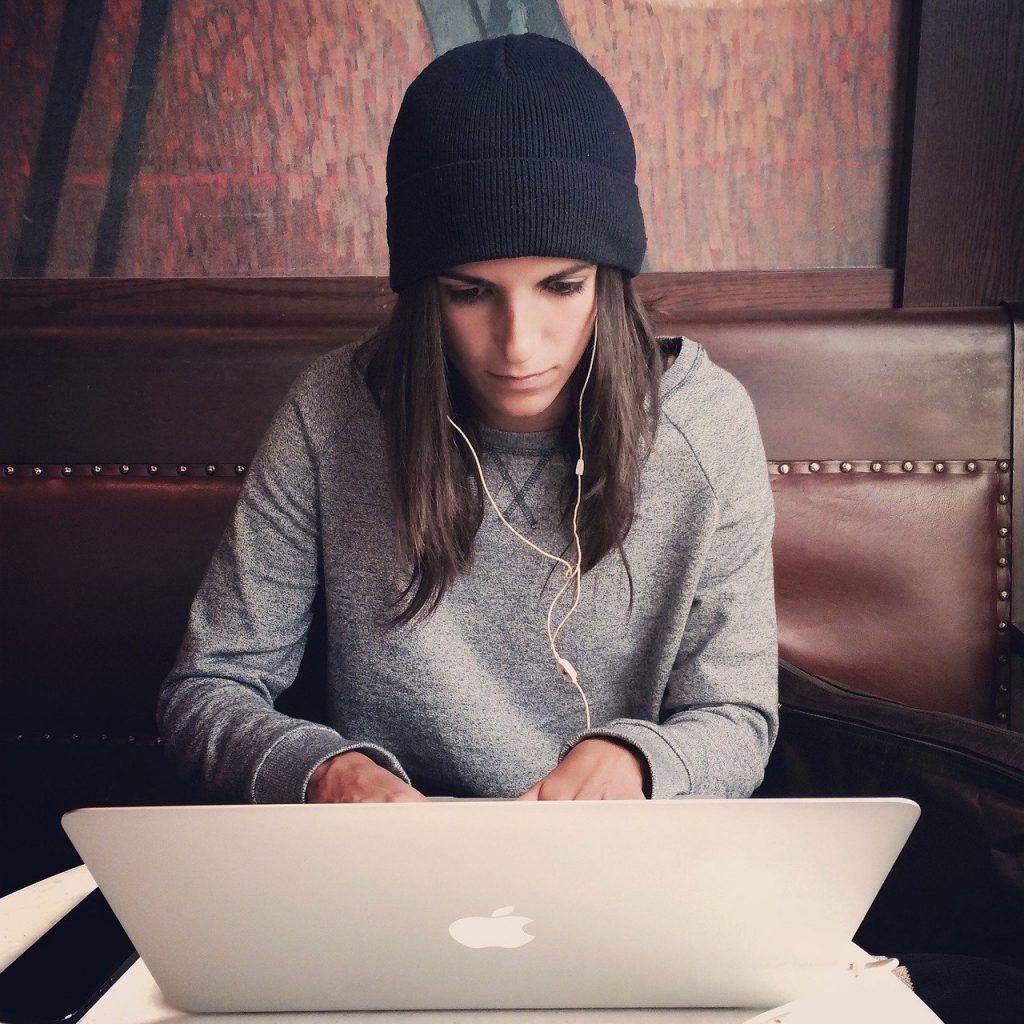 Laptop 2561018 1280