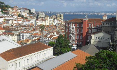 Lisbona - Vista della Baixa e del fiume Tago