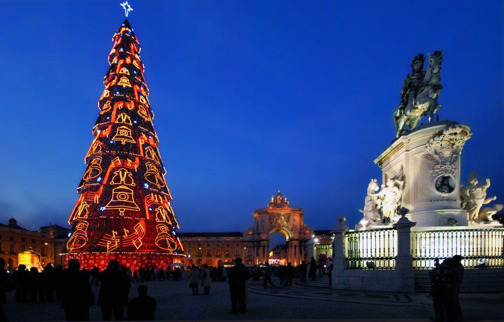 Primati Di Lisbona - l'albero di Natale più alto al mondo
