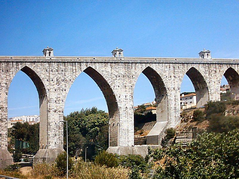 Primati Di Lisbona - L'acquedotto delle Acque Libere
