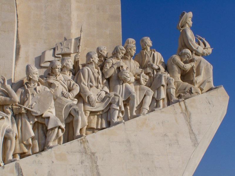 Monumento alle Scoperte - Statue