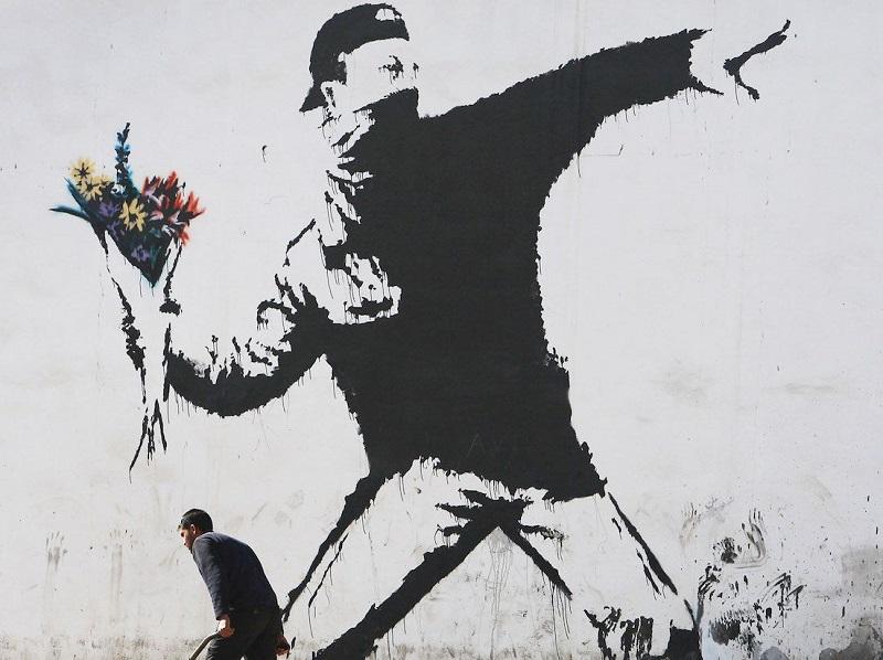 Banksy Alla Cordoaria Nacional - un murales dell'artista