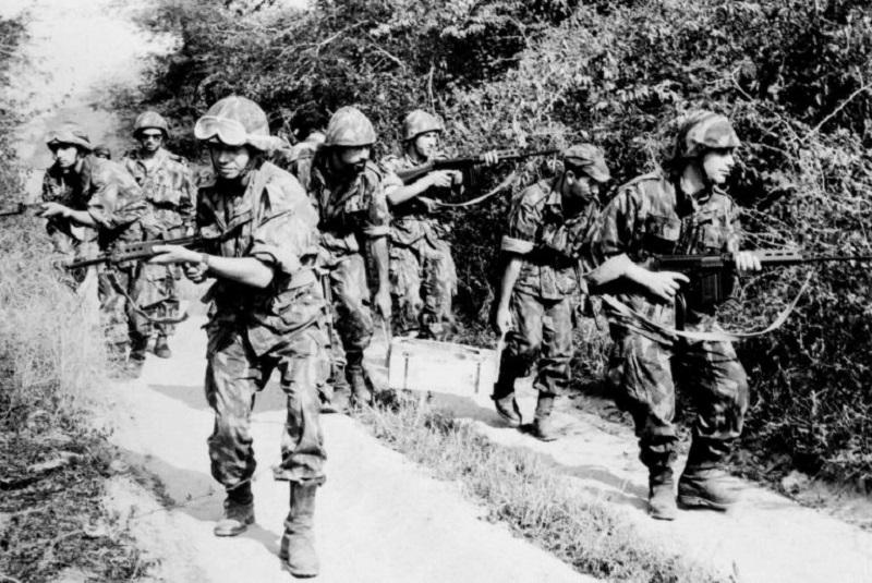 Rivoluzione dei Garofani - Guerra Coloniale