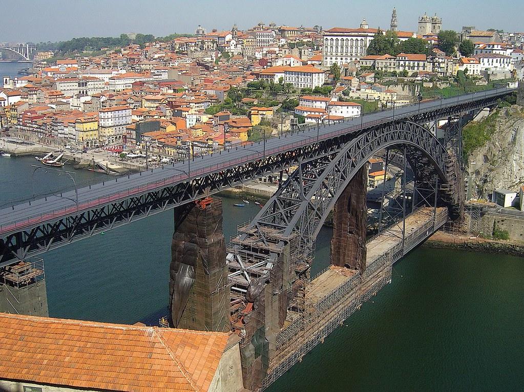 Ponte Di Oporto in ferro