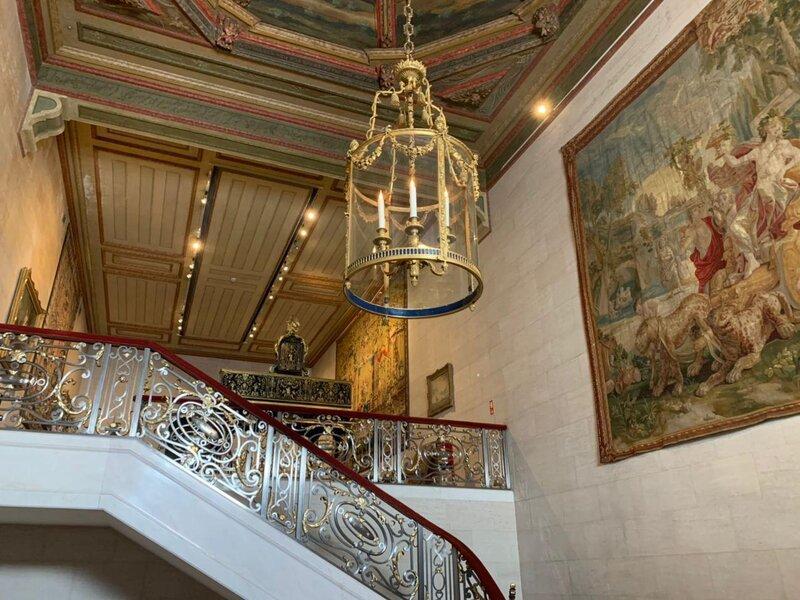 Scalone che conduce al primo piano della Casa Museo Medeiros e Almeida