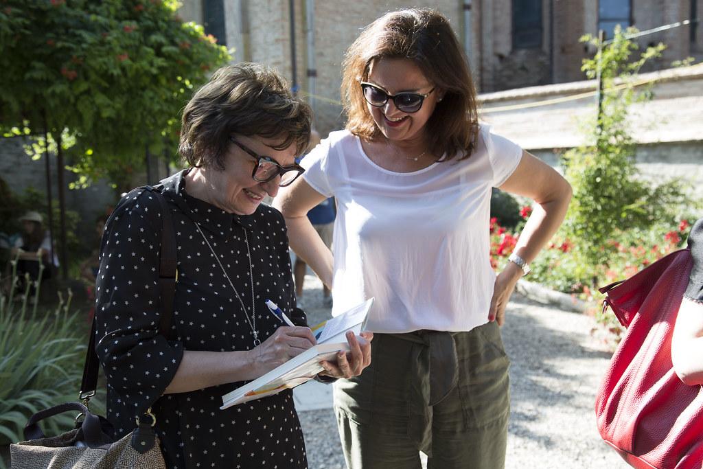 Donatella Di Pietrantonio Firma Libro