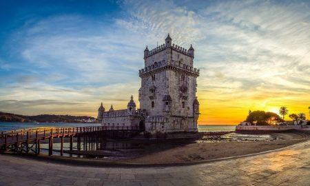 La Torre di Belem al tramonto