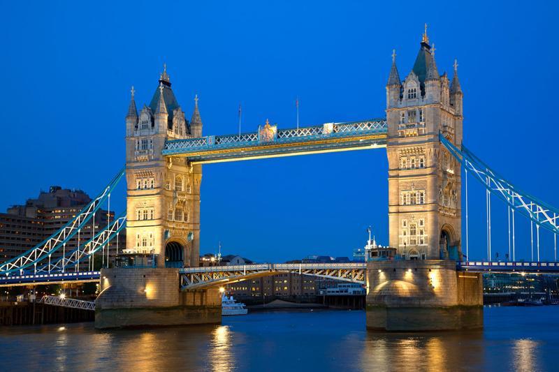Brexit: Alla fine si sono pentiti. Tower Bridge