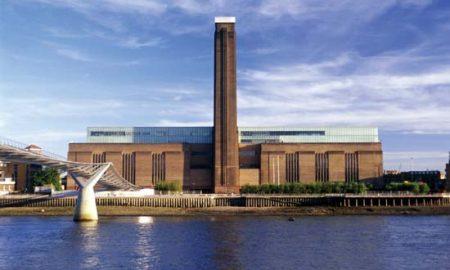 Tate Modern. Immagine con vista dal fiume