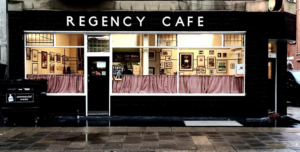 colazione inglese a Londra- immagine del Regency Cafe