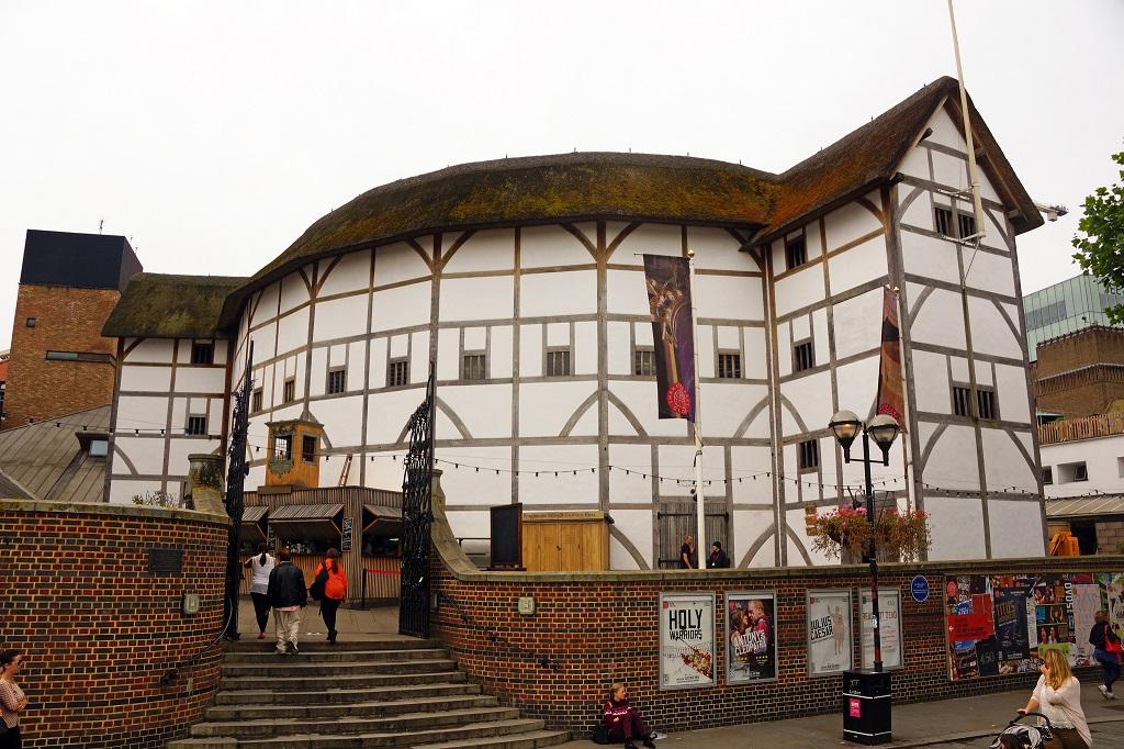 Shakespeare a Londra. Immagine del Globe Theatre
