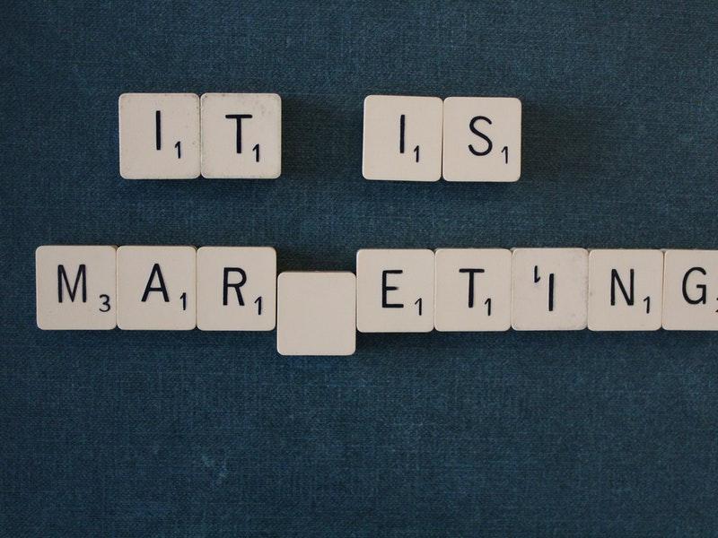 Stranezze dell inglese- il marketing ne fa largo uso