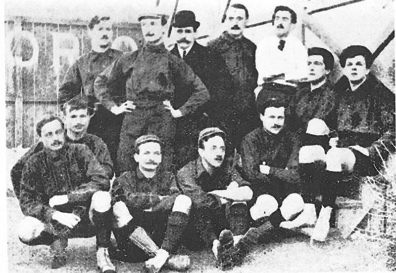 Il calcio lo hanno inventato gli inglesi - Squadra di calcio