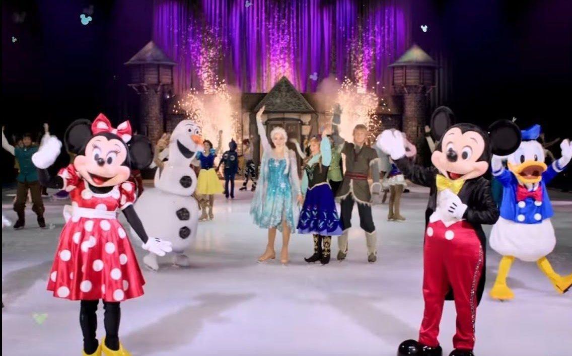 Musical Disney On Ice - Topolina, Paperina, e i protagonisti di frozen salutano