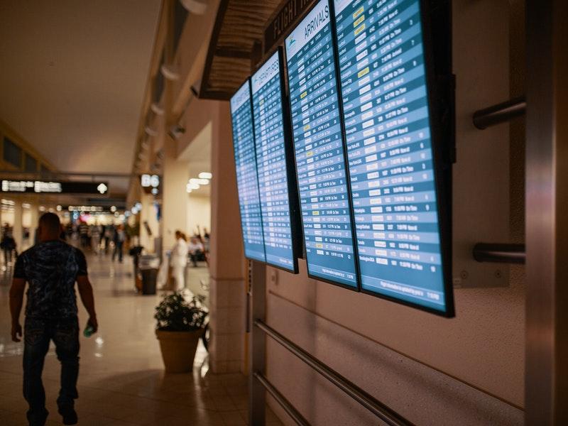 Quali sono gli aereoporti di Londra-il tabellone delle partenze