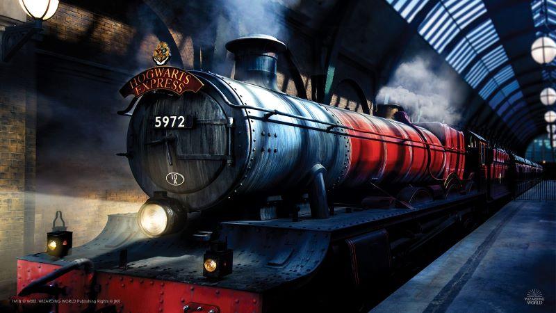 Hogwards-Express-il treno che porta gli allievi alla scuola di magia