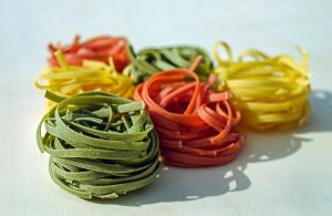 foto tricolore - Tagliatelle colorate