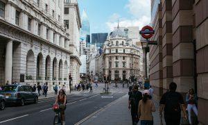 Coronavirus nel Regno unito - Londra con poco traffico
