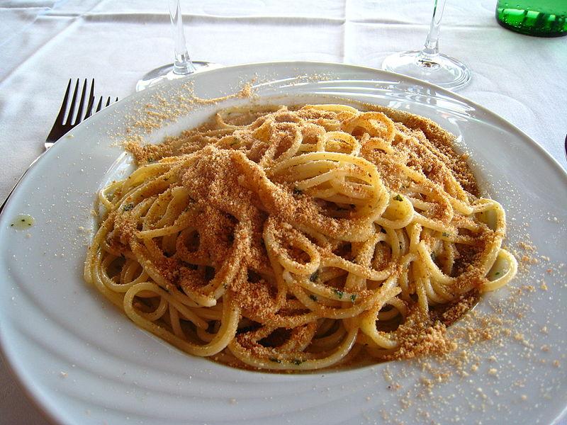 Pasta c'anciova - Pasta Condita alls siciliana