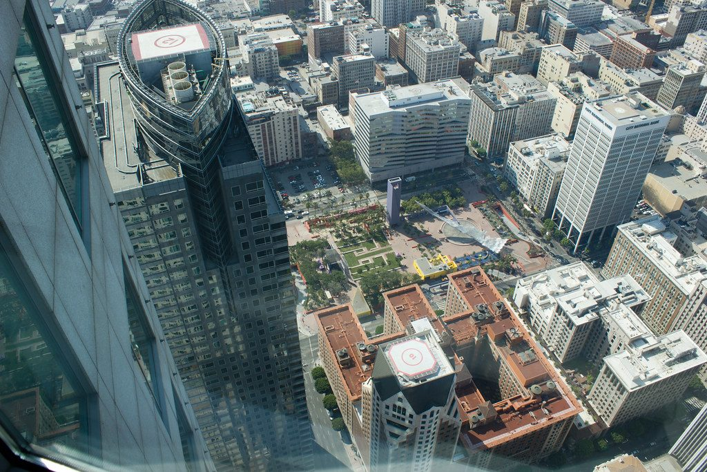 US Bank Tower. Vista panoramica sulla città dallo Skyslide, lo scivolo del grattacielo