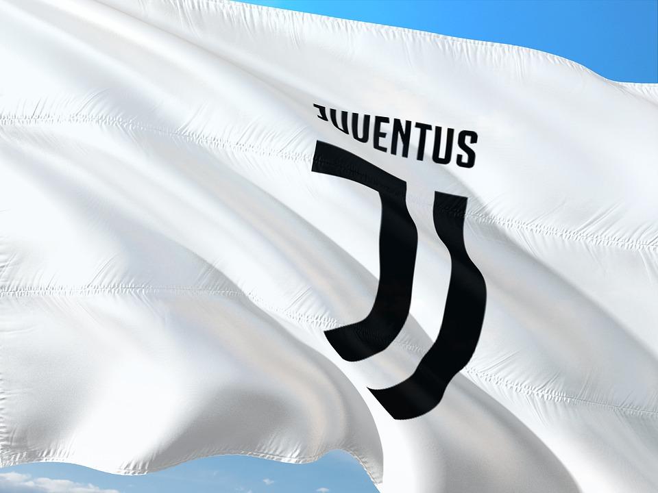 Alessandro del Piero a los Angeles - Logo Juve