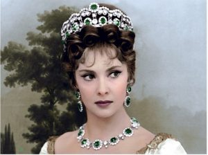 Gina Lollobrigida - Gina Lollobrigida con parure di smeraldi