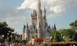 Disneyland - Castello Disney sullo sfondo