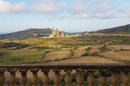 splendido panorama visto da una terrazza di Gozo