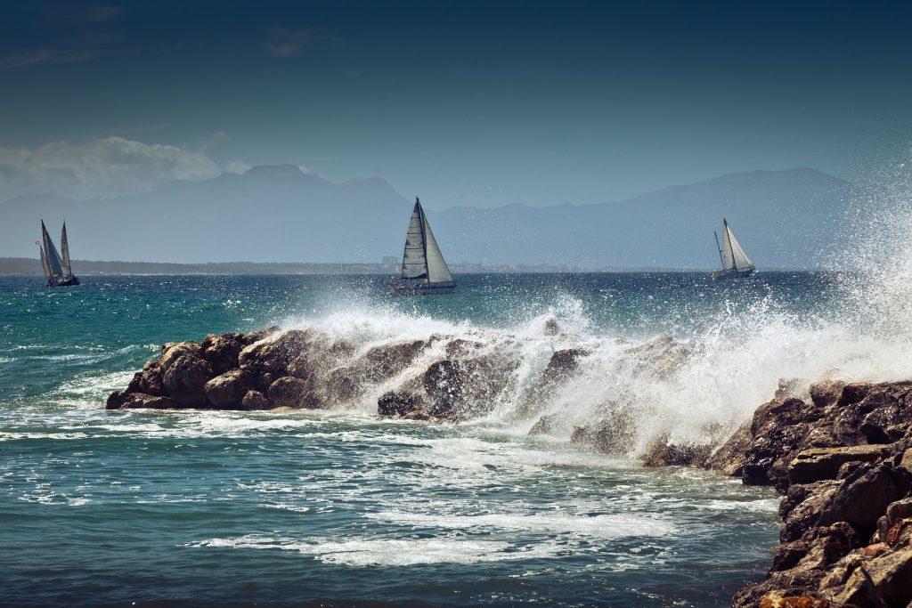 cosa vedere a Sliema - costa rocciosa, lungomare