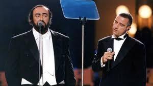Eros Ramazzotti si esibisce con Pavarotti