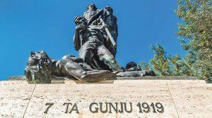 monumento celebrazioni del 7 giugno a Malta