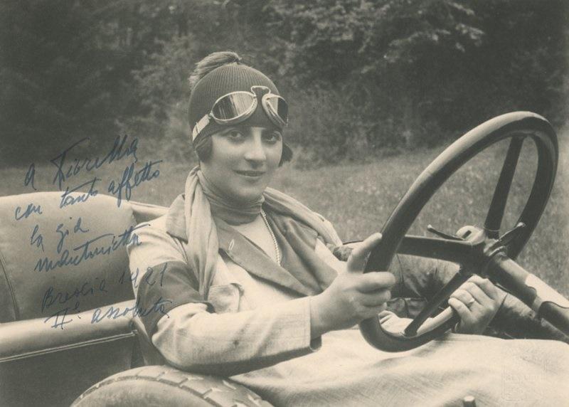 maria antonietta Avanzo- nota automobilista tra le donne pioniere del settore