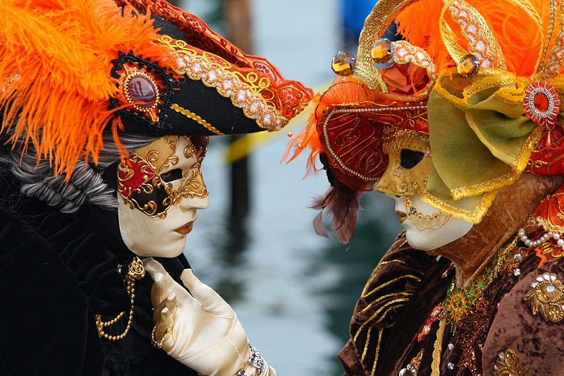 origine e storia del carnevale- foto di maschere veneziane
