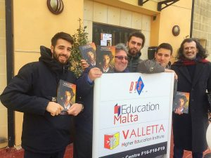 Edizioni Paguro - presentazione del libro VIKTOR al VHEI