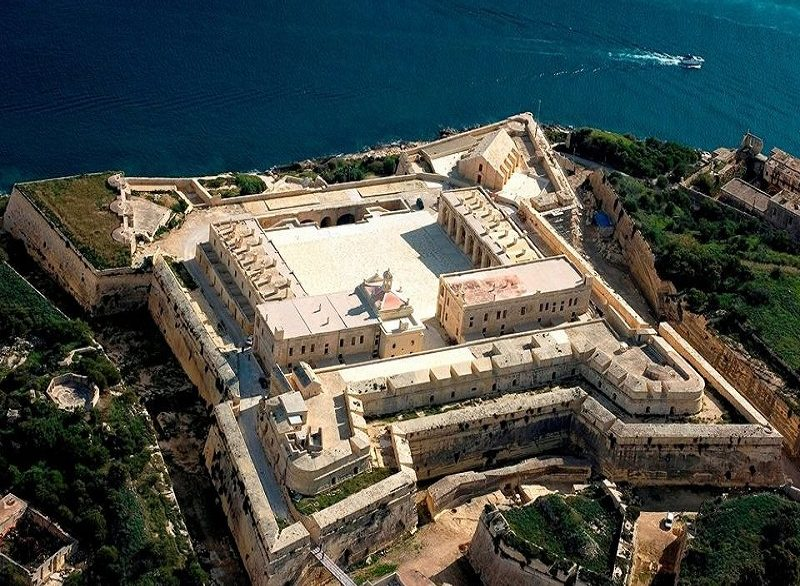 Fort Manoel, fortezza