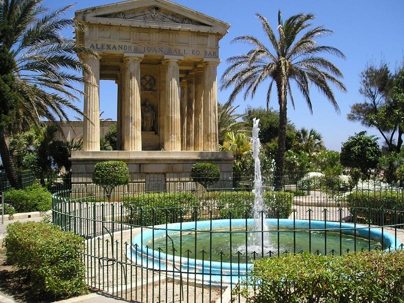 Lower Barrakka gardens: zampillo