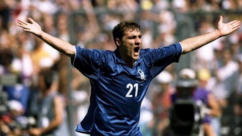 Bobo Vieri con la maglia della Nazionale italiana