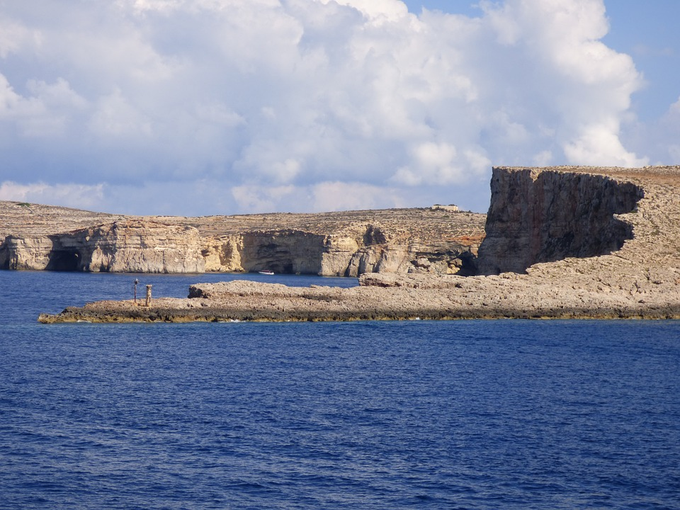 Comino - veduta dell'isolotto