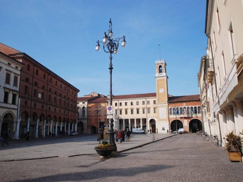 Sandro Caruana: sede società Dante Alighieri di Rovigo