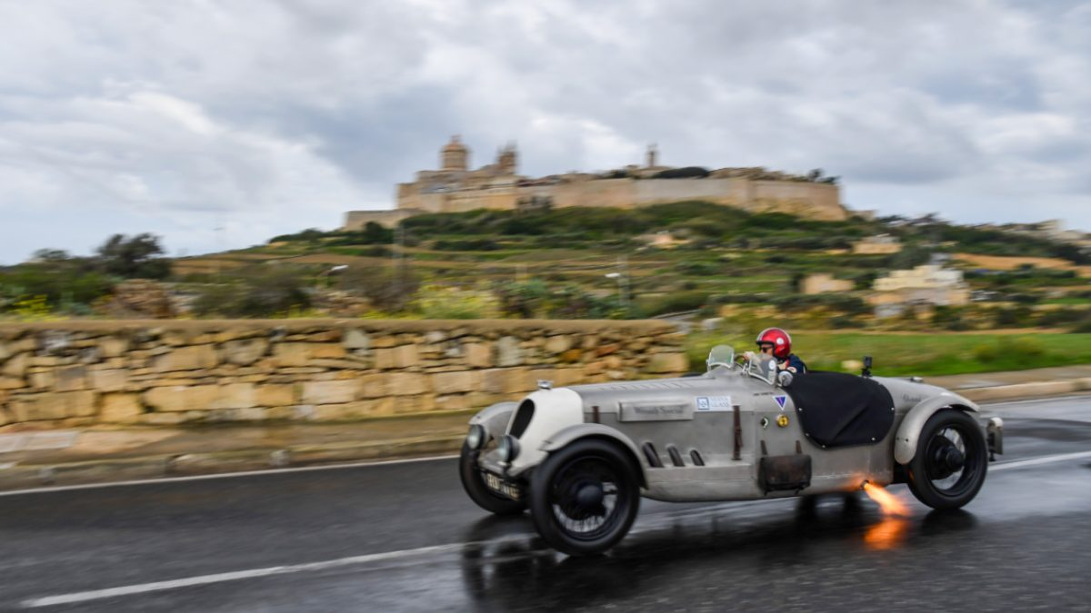 Mdina Grand Prix: auto durante la corsa