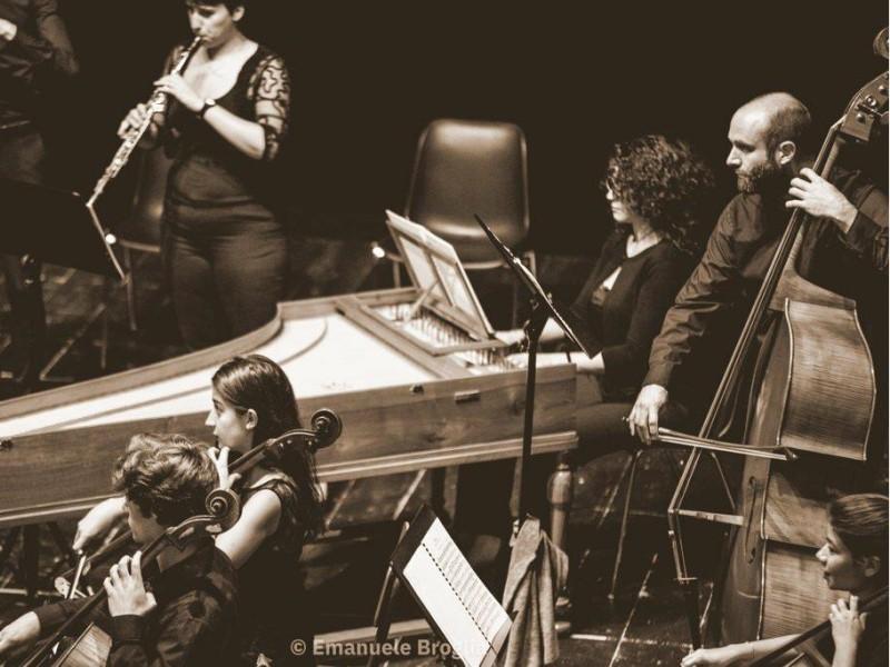 I musicisti dell'orchestra che suoneranno per il Concerto di Natale