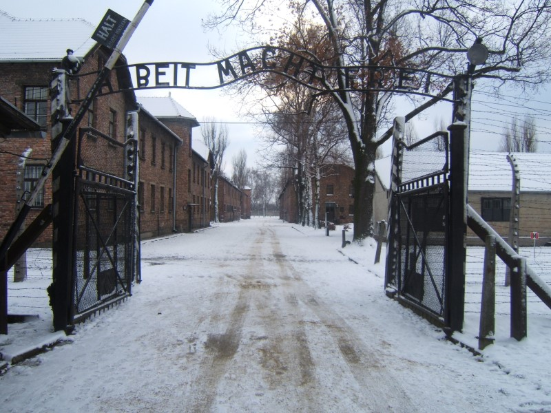 Auschwitz: l'ingresso del campo di concentramento